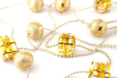 подарки золотистые Стоковое Фото