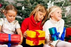 подарки на рождество детей Стоковое Изображение RF