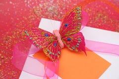 подарок бабочки близкий Стоковые Изображения