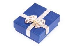 подарок голубой коробки Стоковые Фотографии RF