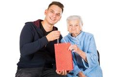 Подарок для красивой бабушки Стоковая Фотография