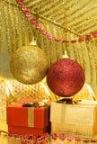 подарок коробок шариков Стоковые Фото