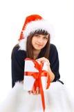 Подарок рождества владением портрета женщины шлема Кристмас Санты. Стоковые Фото