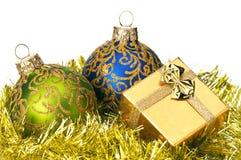 подарок рождества коробки baubles стоковое изображение