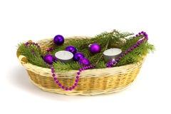 Подарок с шерст-деревом, игрушки Новый Год корзина Стоковое Фото