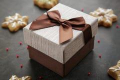 Подарочная коробка Брайна с сюрпризом Стоковые Фото