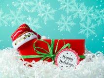 Подарочная коробка рождества с шляпой santa Стоковая Фотография RF