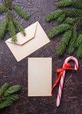 Подарочные коробки, тросточка конфеты и письмо Стоковое Изображение RF