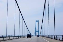 подвес автомобилей моста Стоковая Фотография