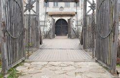 подвес моста input замоком старый Стоковые Фотографии RF
