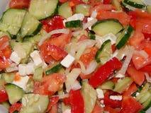 Подготовка греческого салата дома Стоковая Фотография