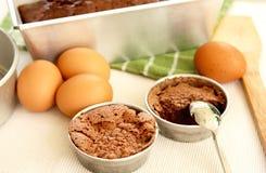 подготовка торта стоковые изображения rf
