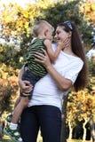 подготовляет детенышей мати s мальчика Стоковое Фото