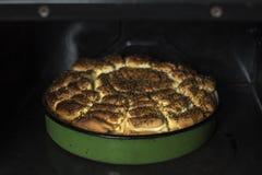 Подготовлять выпечку в печь Стоковое Изображение RF