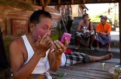 подготовлять танцульки barong balinese актера Стоковое Фото