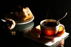 поддонник кофейной чашки торта Стоковые Фотографии RF