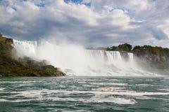 Подкова падения Ниагары ontario Канада Красивый водопад на голубом небе Стоковые Изображения