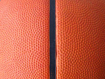 поднимающее вверх баскетбола близкое Стоковая Фотография RF