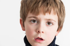 Поднимающее вверх мальчика близкое Стоковые Изображения RF