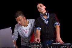 подростки партии djs Стоковая Фотография RF