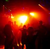 подростки танцы Стоковая Фотография RF