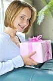 подростковое девушки присутствующее стоковые изображения