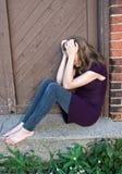 подростковое девушки сиротливое Стоковые Фотографии RF