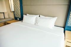 Подушка на кровати Стоковые Изображения RF