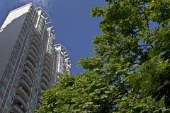 подъем зданий высоко селитебный Стоковое Изображение