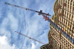 подъем конструкции здания высокий вниз Стоковые Изображения