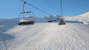 Подъем лыжи восходит видеоматериал