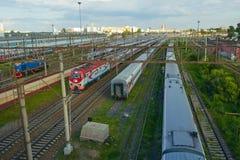 поезд бака России навальных железных дорог сырой нефти компании русский Стоковые Фотографии RF