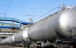 поезд баков топлива стоковое изображение