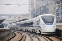 поезд китайского crh высокоскоростной стоковое фото