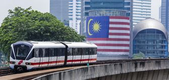Поезд Малайзии LRT стоковое фото rf