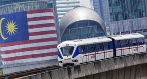 Поезд Малайзии LRT стоковые фото