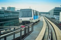 Поезд между крупными аэропортами Франкфурта стоковые фото