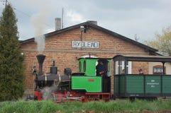 Поезд пара узкой колеи железнодорожный Стоковое Изображение