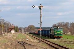 Поезд перевозки тепловозный Стоковые Изображения