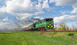 Поезд перевозки тепловозный Стоковое Фото