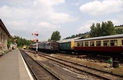 поезд платформы Стоковое Изображение RF