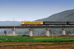 поезд природы быстро проходя Стоковое Изображение