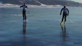 Поезд спортсменов на Lake Baikal видеоматериал