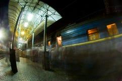 поезд станции дороги Стоковое Изображение