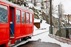 поезд станции 2 cog красный Стоковые Фотографии RF