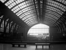 поезд станции antwerp Стоковая Фотография