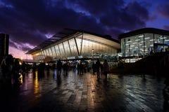 Поезд Стратфорд и станция метро, Лондон стоковые фотографии rf