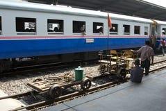поезд Таиланда Стоковая Фотография