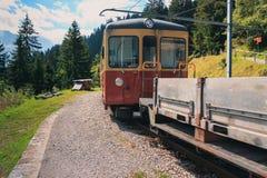 Поезд Grutschalp горы к Murren Стоковые Фото