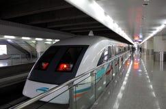 поезд shanghai maglev стоковые изображения